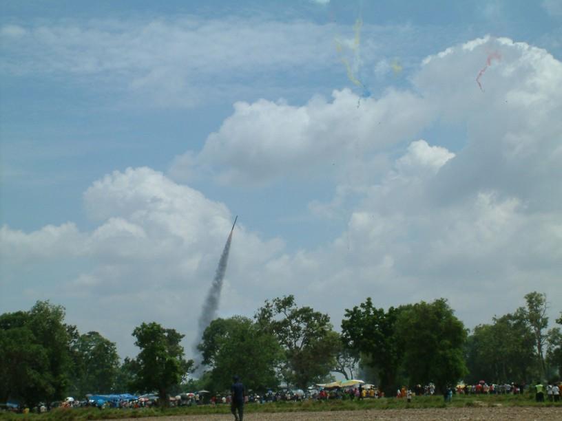 bamboo rockets
